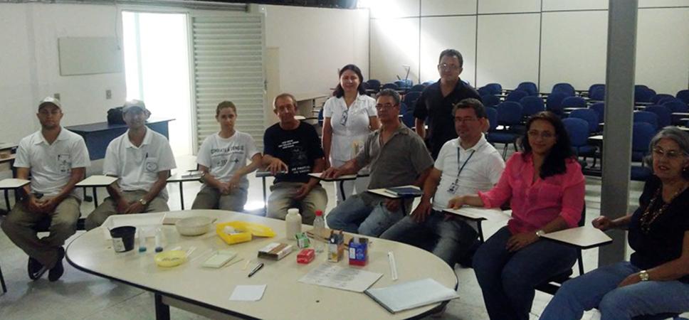 Regional de Saúde de Alfenas realiza curso de capacitação para instalação e manuseio de armadilhas contra o Aedes aegypti