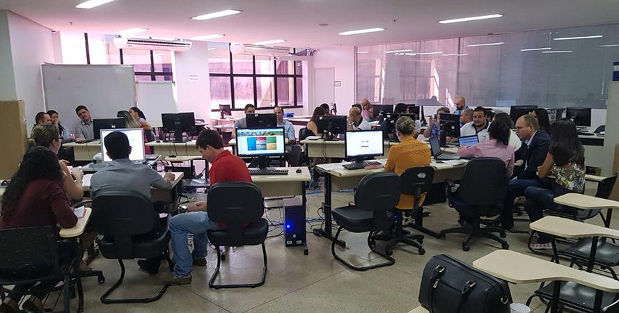 Servidores de Goiânia/GO participam de capacitação para uso do Sistema Vivver Saúde Pública