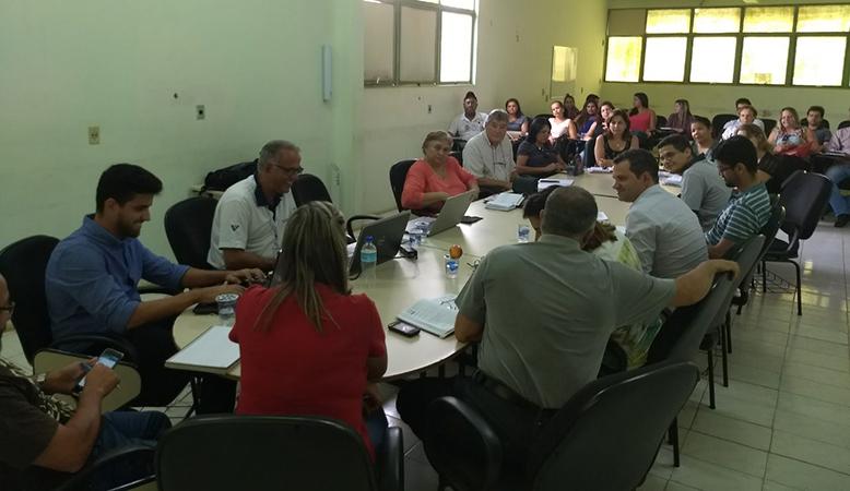 Gestores de Montes Claros/MG se reúnem para planejar atividades relacionadas ao início da informatização dos serviços de Saúde