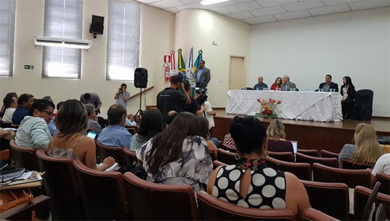 Saúde Pública – SemináriodePlanejamentodo COSEMS/MGaLuzdoProjetodeMontesClaros/MG
