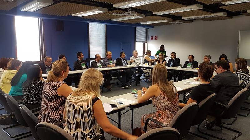 Undime se reúne com 'Todos pela Educação' para firmar parceria com municípios