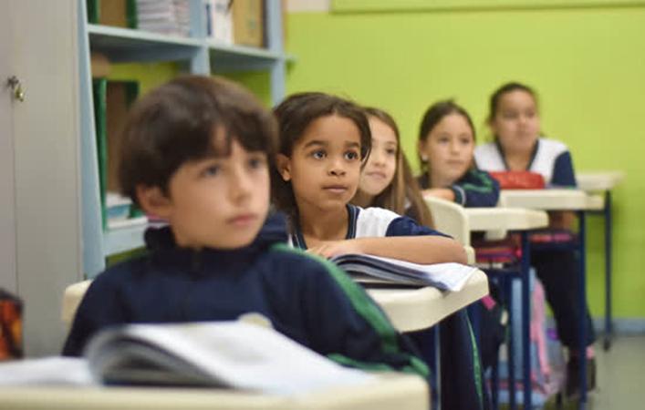 Prefeitura de Atibaia/SP investe na informatização da Educação Pública